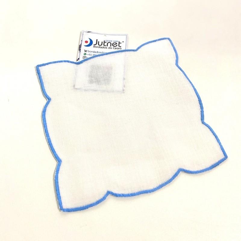 Porta Copo 6 unidades com Ponto Cheio 100%  Linho Branco/Azul  - Bordados do Ceará - Jutnet