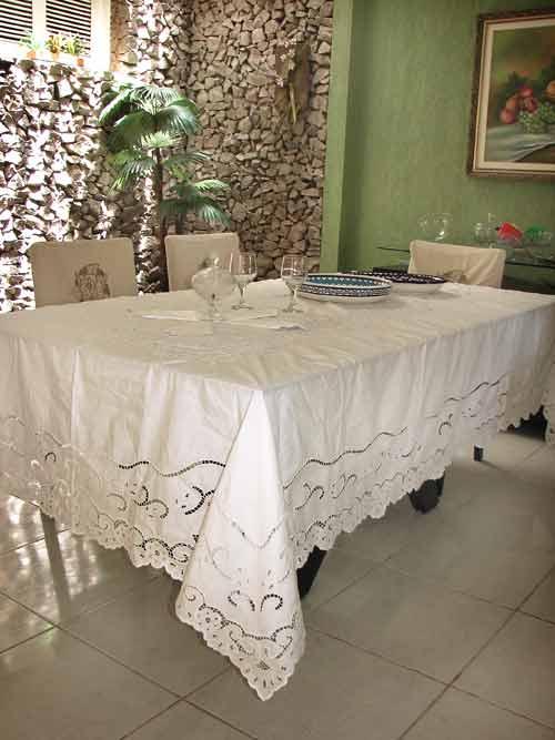Toalha de Mesa Bordado Richelieu no Percal 230 Fios 3,0x1,70m (CxL)  Miudinho  - Bordados do Ceará - Jutnet