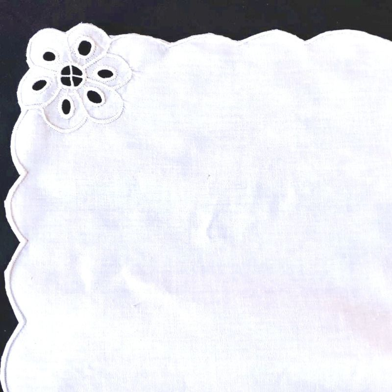 Toalha de Mesa Bordado Richelieu 3,0x1,7m no Percal 230 Fios Patrocínia Retangular  - Bordados do Ceará - Jutnet