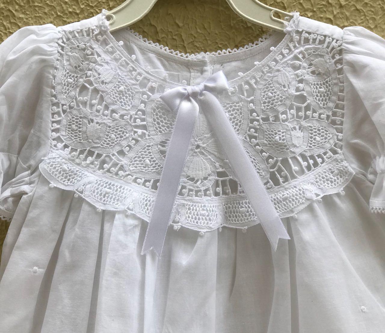 Vestido Bordado a Mão com Pala em Renda Renascença 3-6 M  - Bordados do Ceará - Jutnet