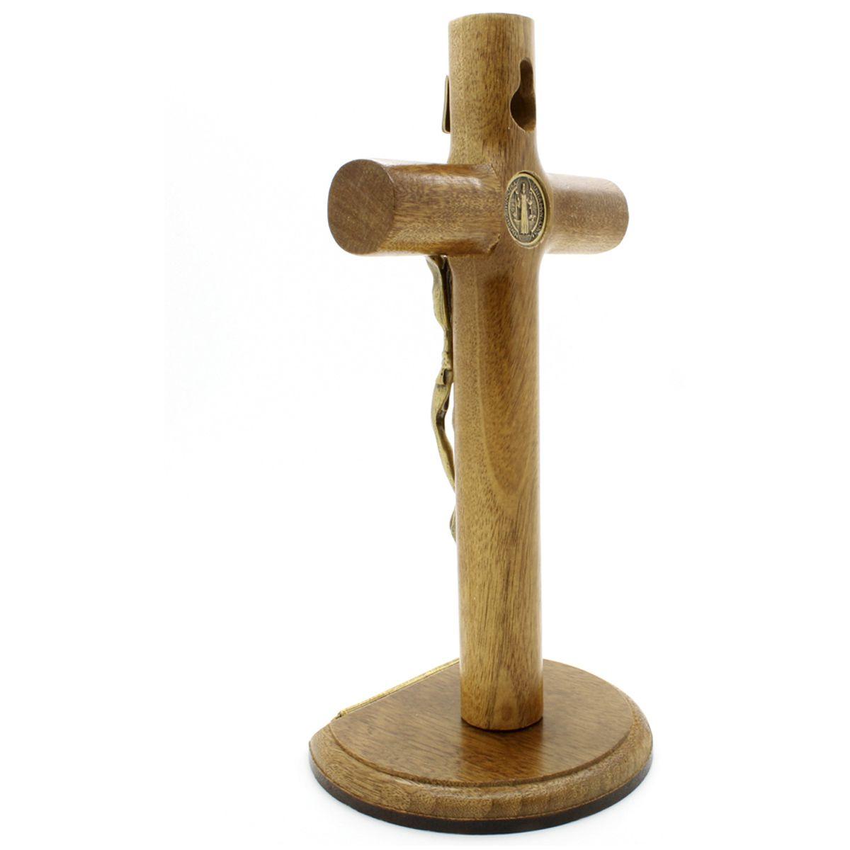 Crucifixo com Medalha de São Bento - 17 cm
