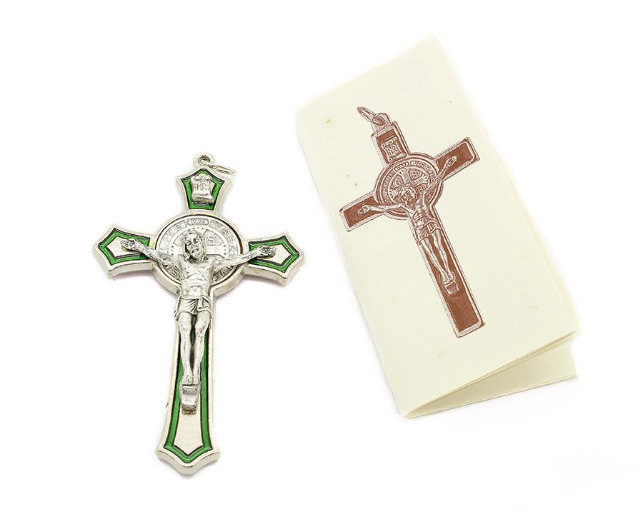 Cruz com medalha de São Bento - Detalhes Prateado e Esmalte Verde 8cm