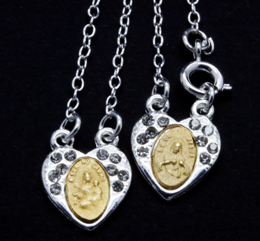 Escapulário Folheado a Prata com dourado e Strass