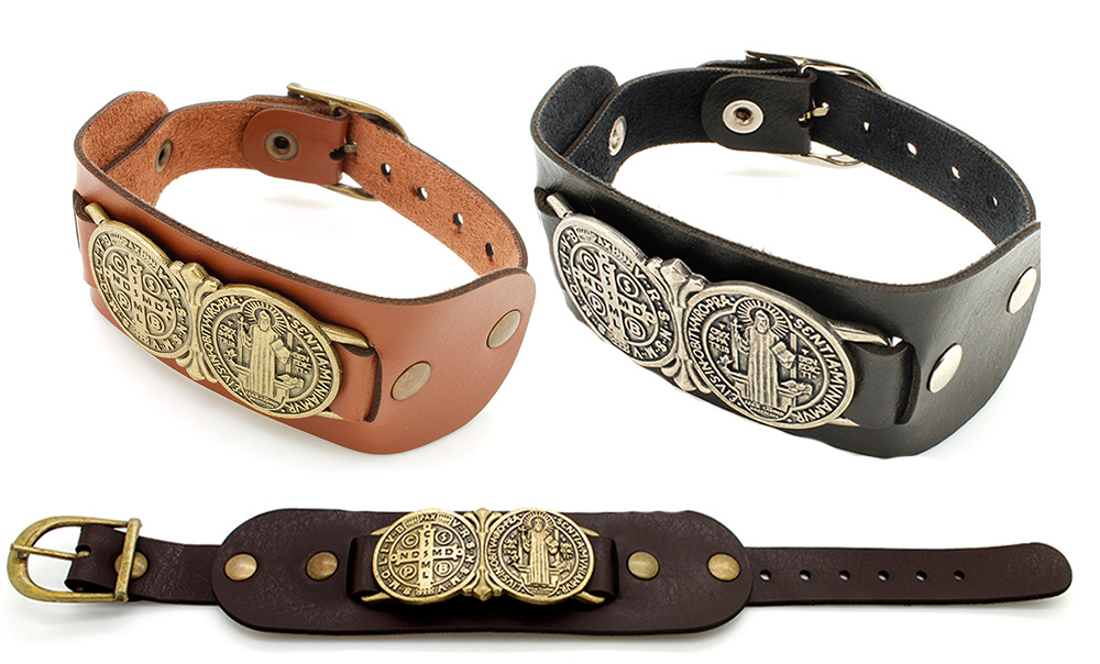 Pulseiras Braceletes de Couro com Medalha e Imagem de São Bento