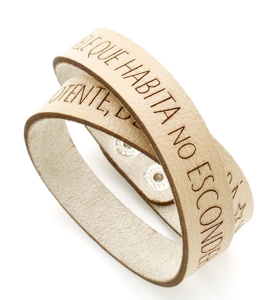 Pulseiras braceletes de Couro Sintético  duas voltas - Trecho do Salmo 91 - À Sombra do Onipotente descansará