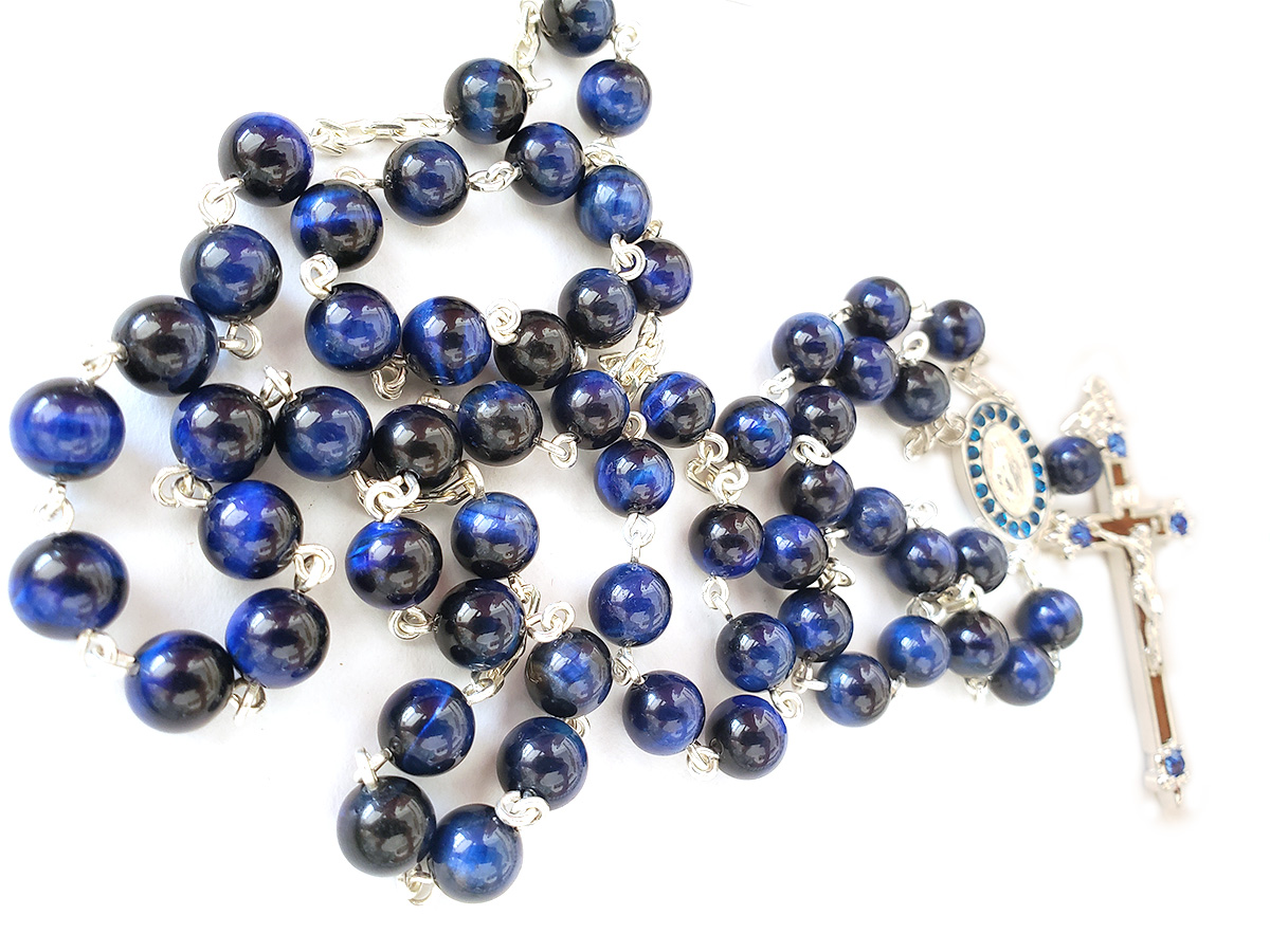 Terço de Pedra Natural Olho de Tigre Tonalizada Azul Banho de Prata