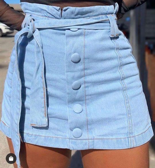 Short Saia Jeans com Botões