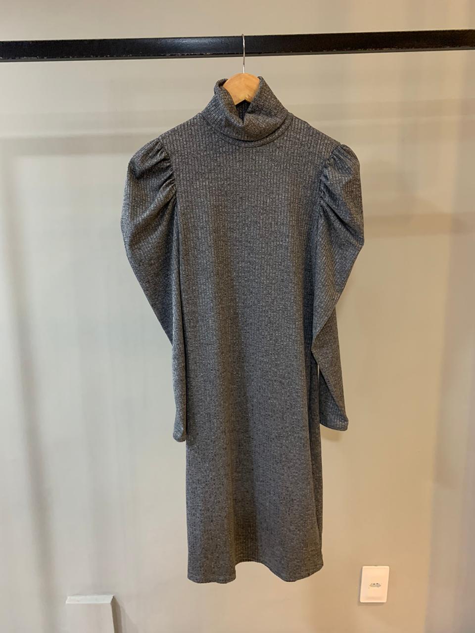 Vestido Canelado Gola Manga Bufante