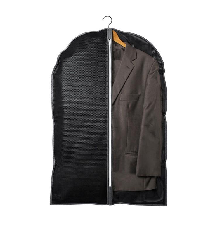 Capa porta terno preta com zíper 1 peça Plast Leo