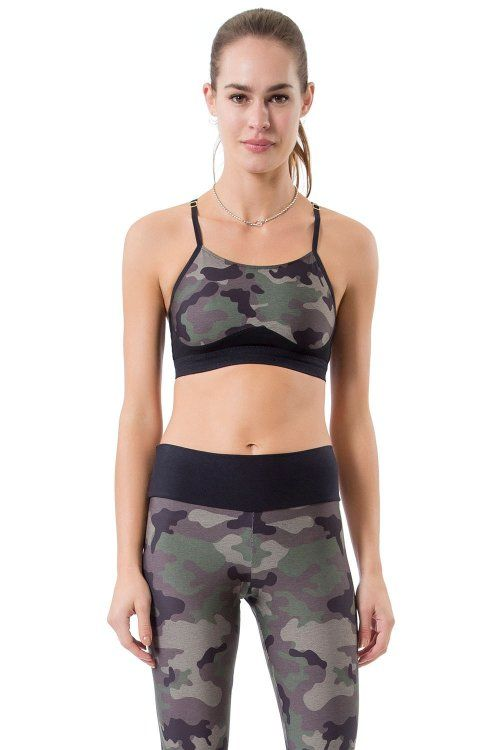Top Bella Camouflage Green Live