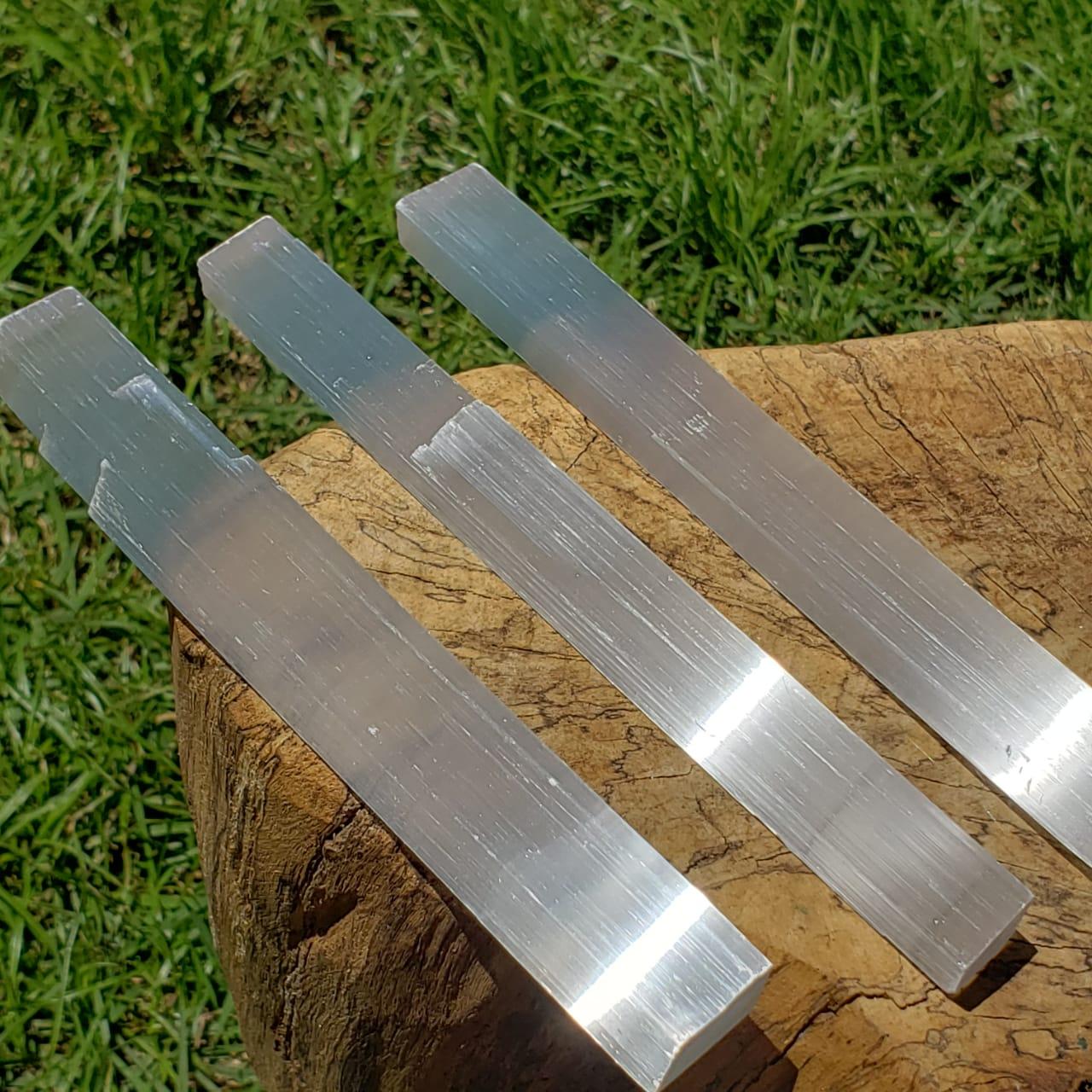 Cristal - Bastão Bruto - Selenita ou Gipsita Pura Luz