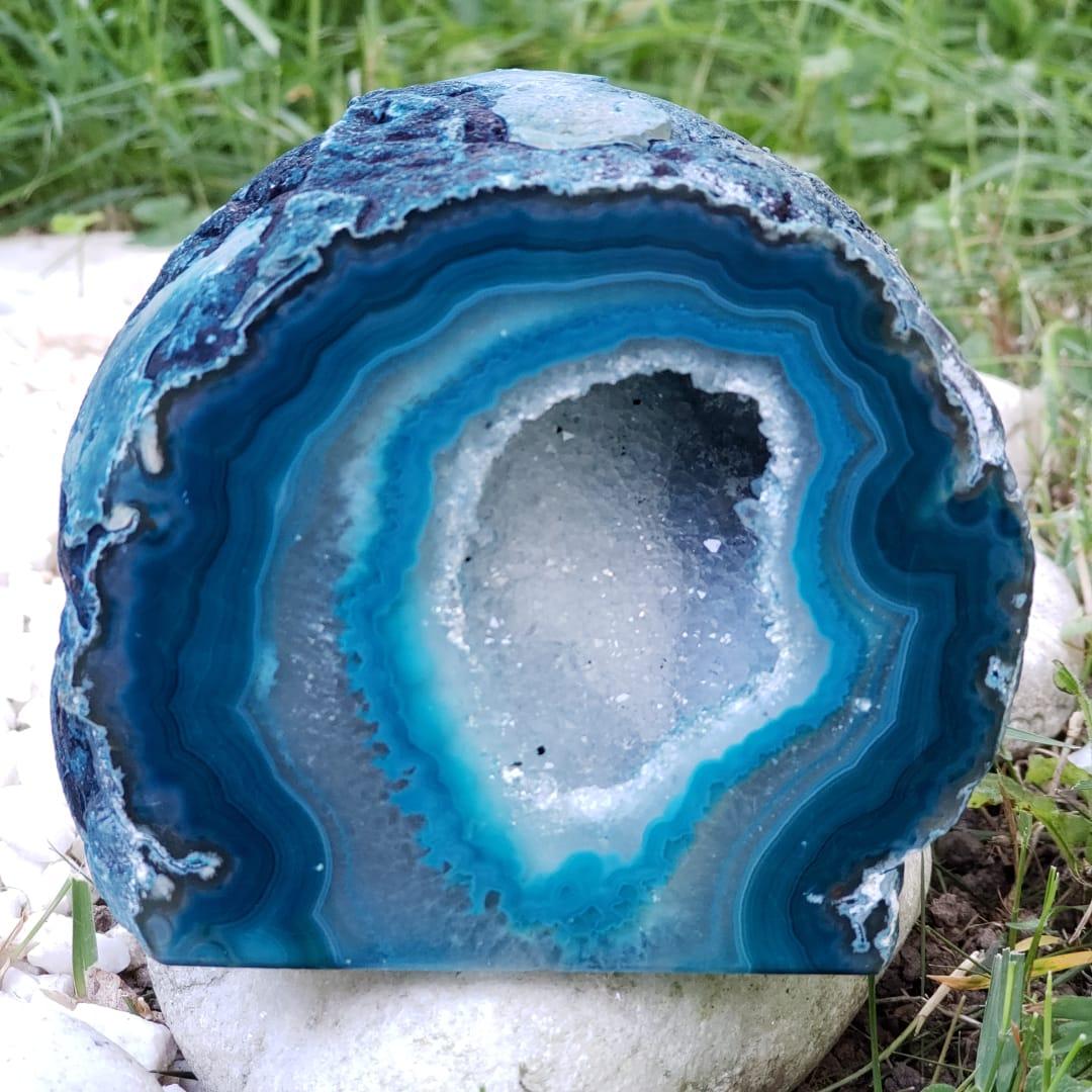 Cristal - Geodo - Ágata Azul Esverdeado com Cristalização de Quartzo