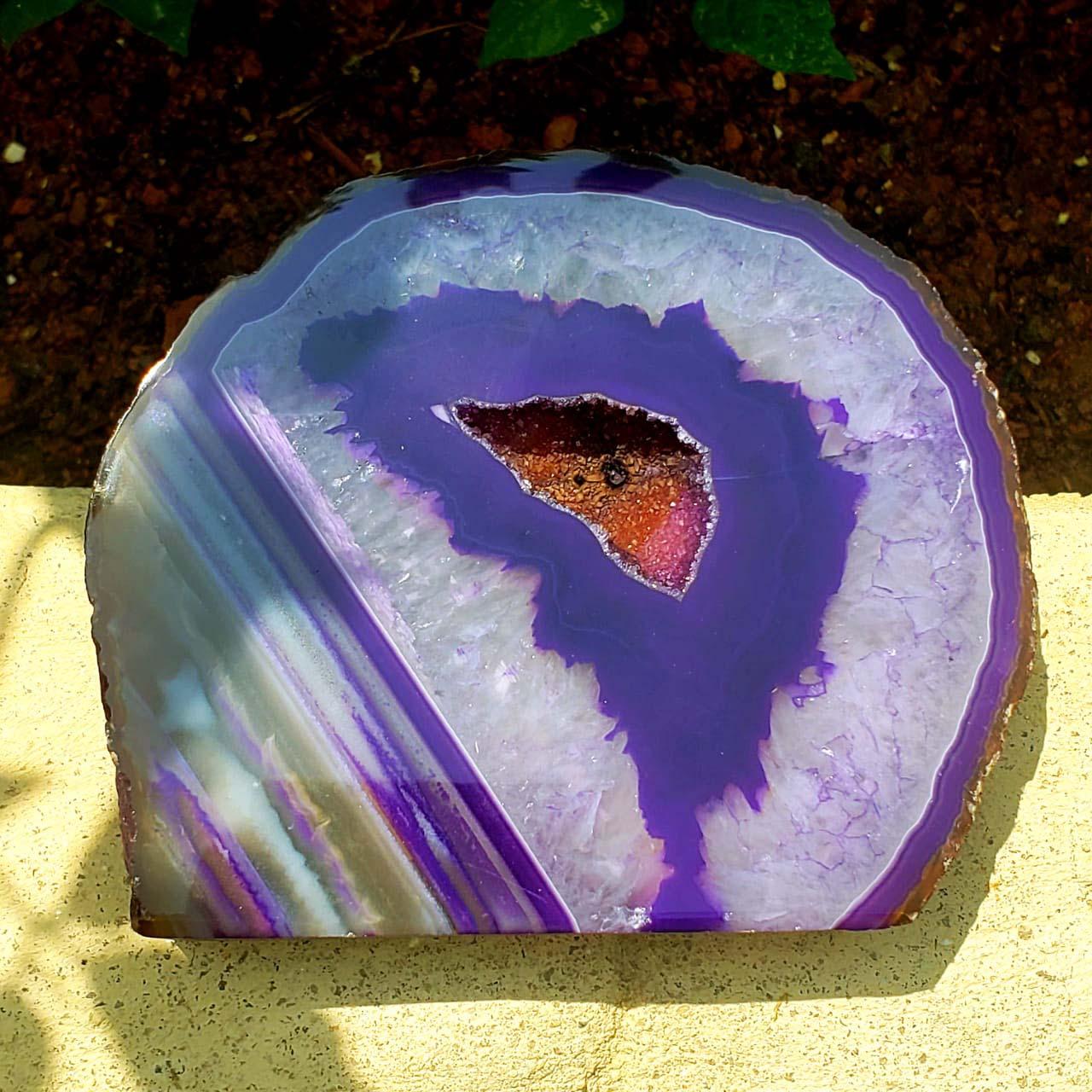 Cristal - Geodo - Ágata Roxa e Branca com Cristalização de Quartzo