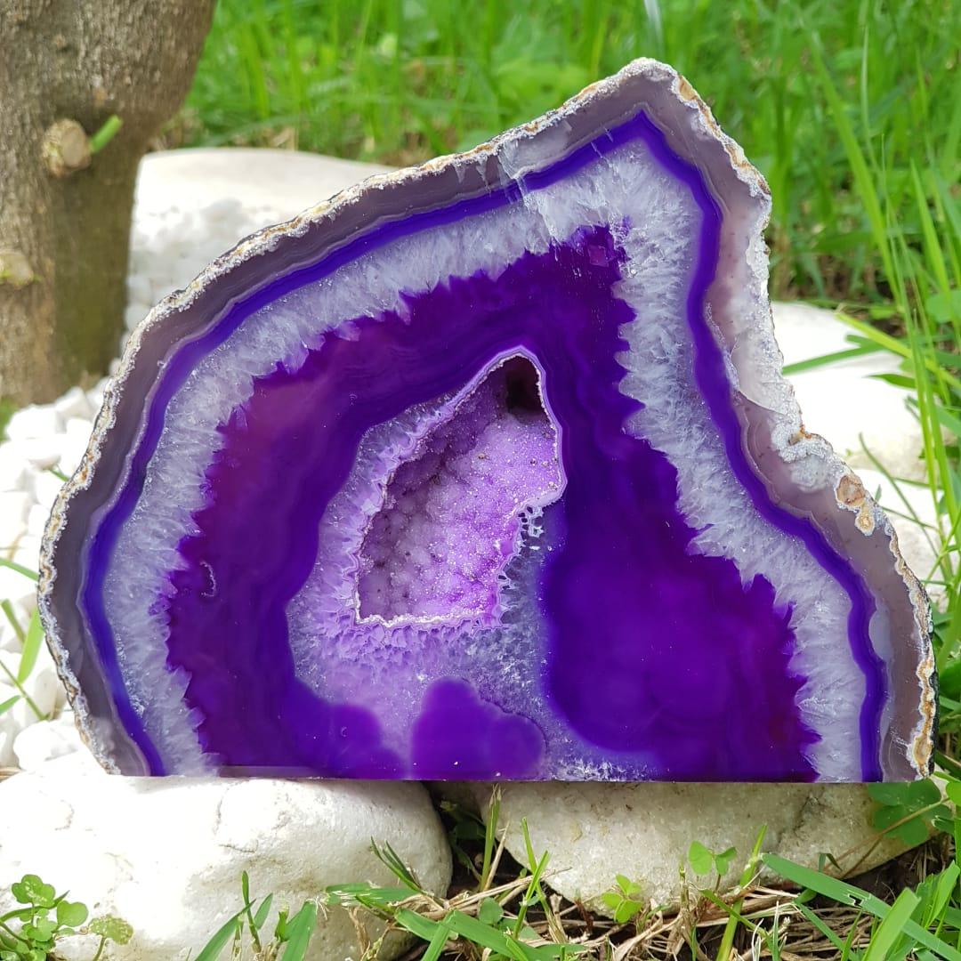Cristal - Geodo - Ágata Roxa e Cristalização de Quartzo