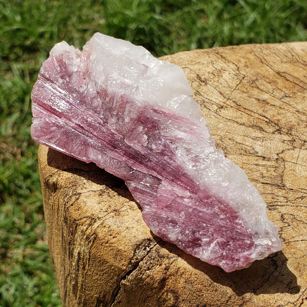 Cristal - Pedra Bruta - Rubelita ou Turmalina Rosa