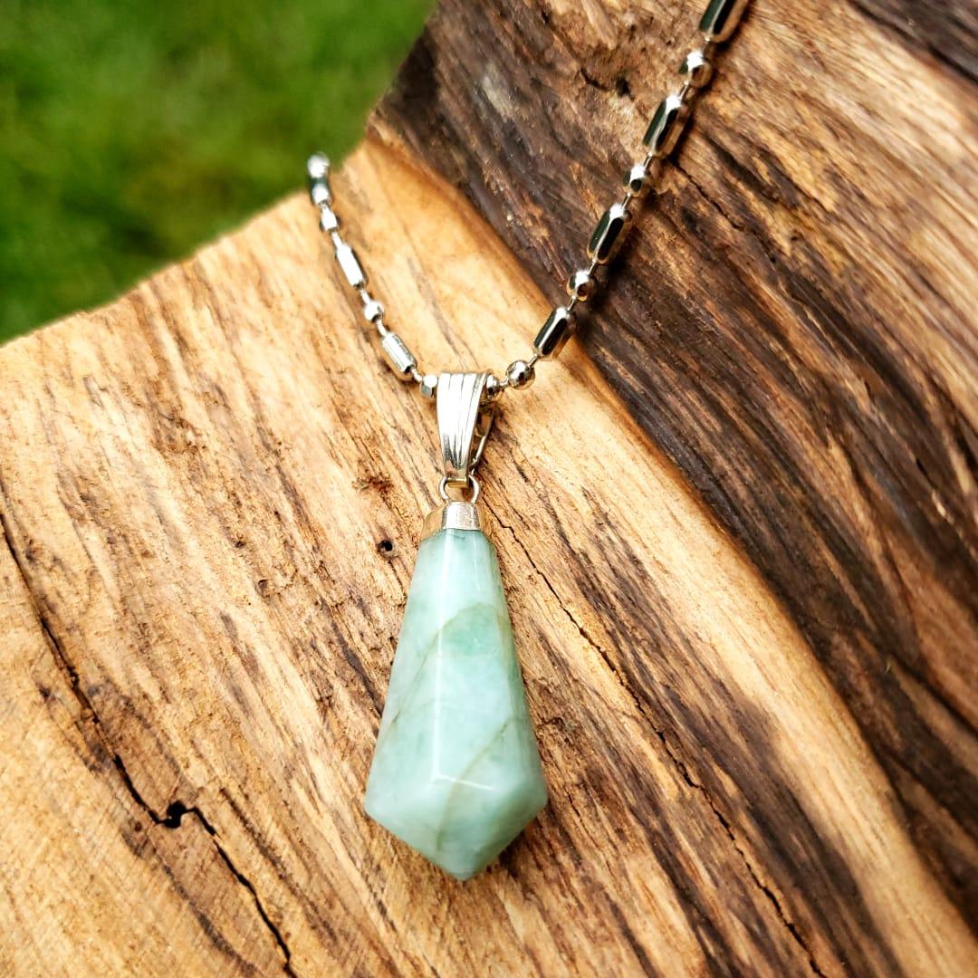 Cristal - Pingente Pedra Esmeralda - Equilibra e Relaxa
