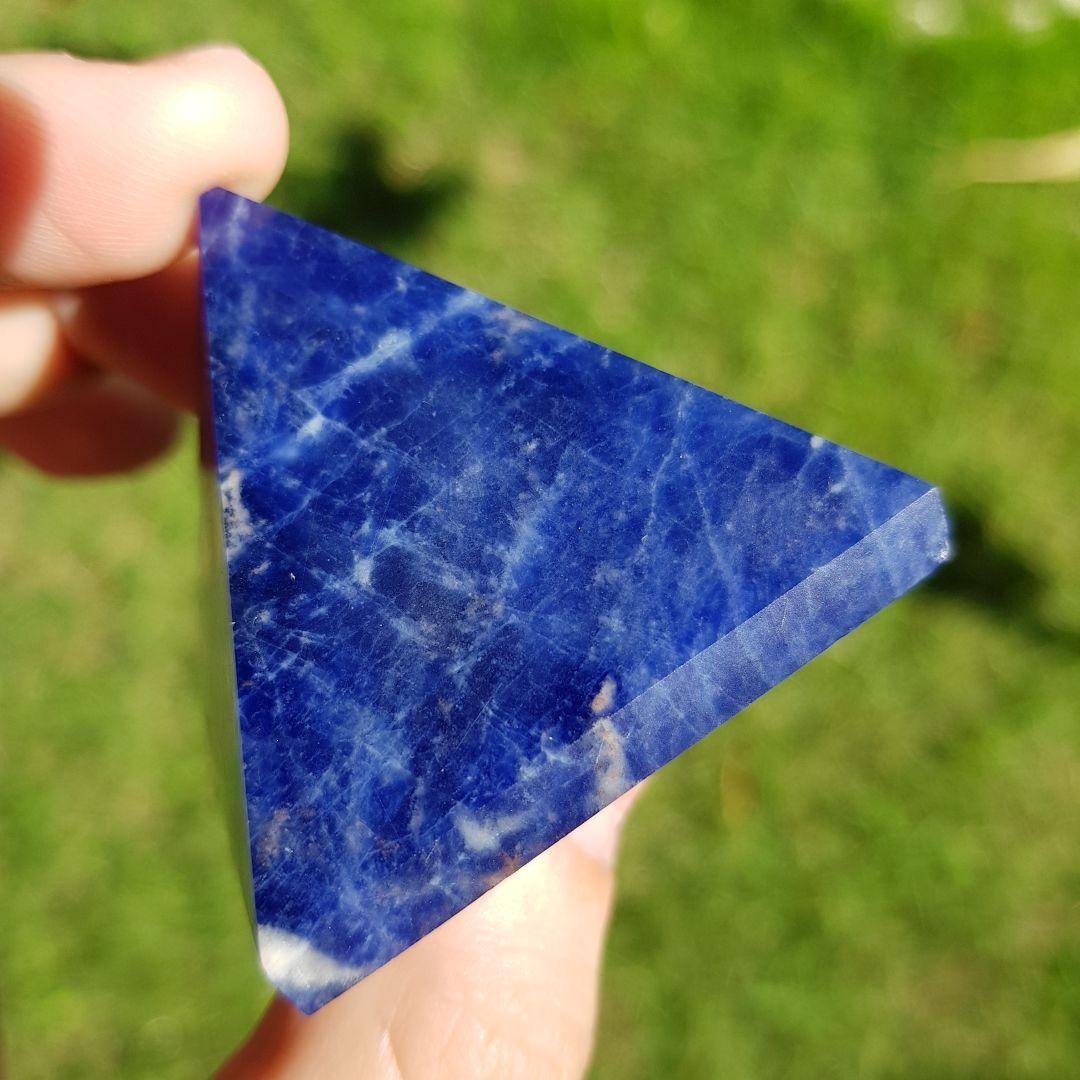 Cristal - Pirâmide - Sodalita Qualidade Especial