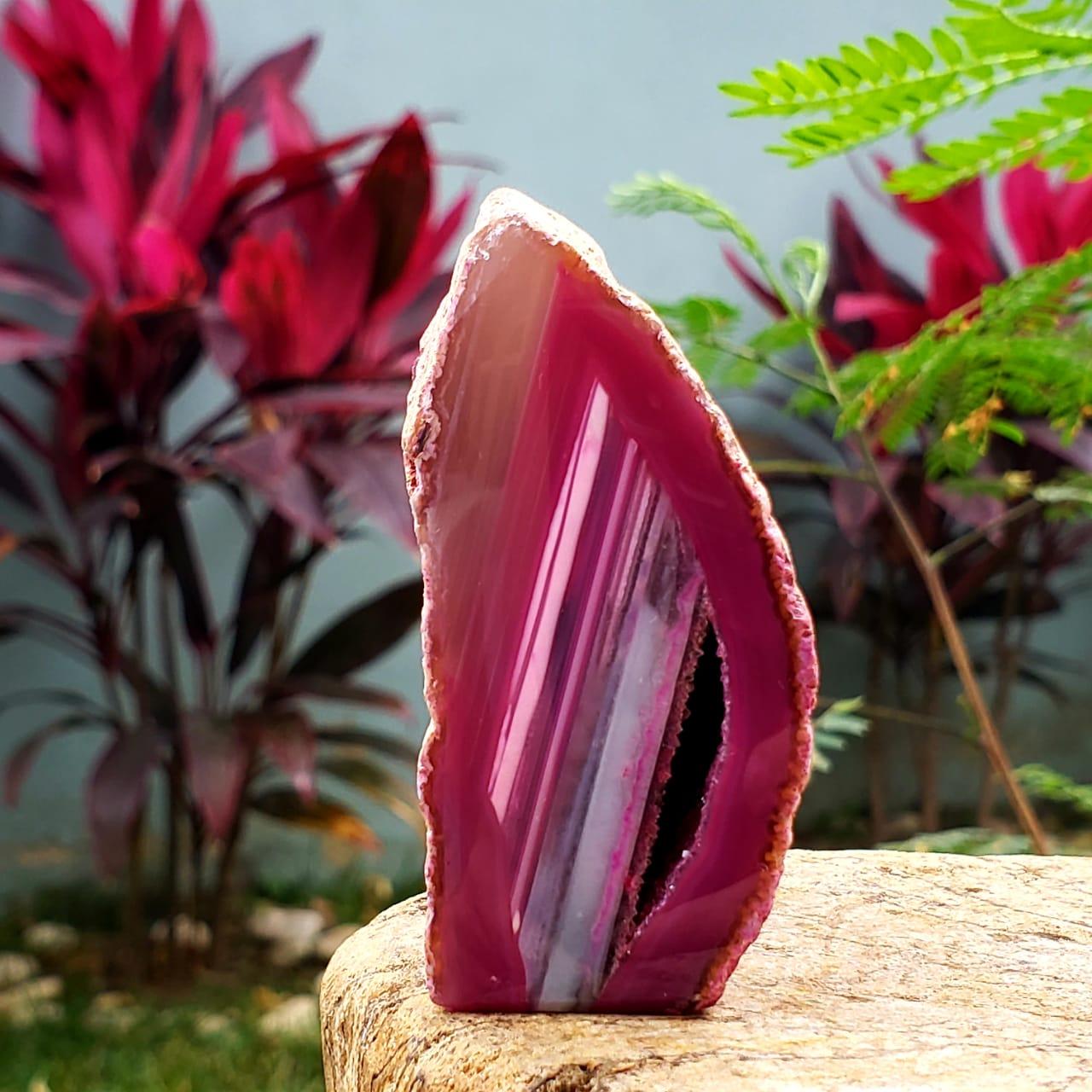 Geodo de Ágata Rosa com Cristalização de Quartzo