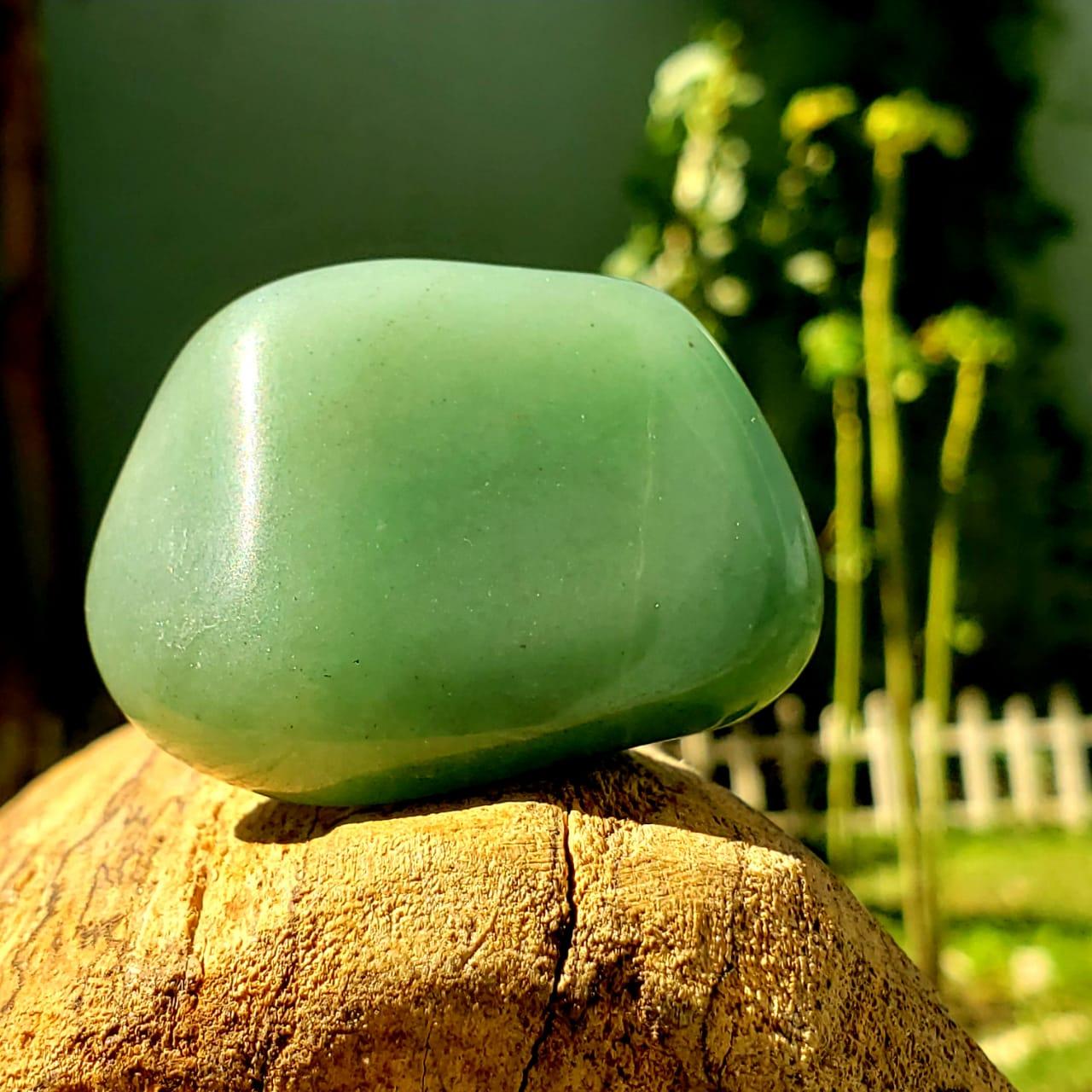 Pedra Rolada Quartzo Verde Cristal do Equilíbrio