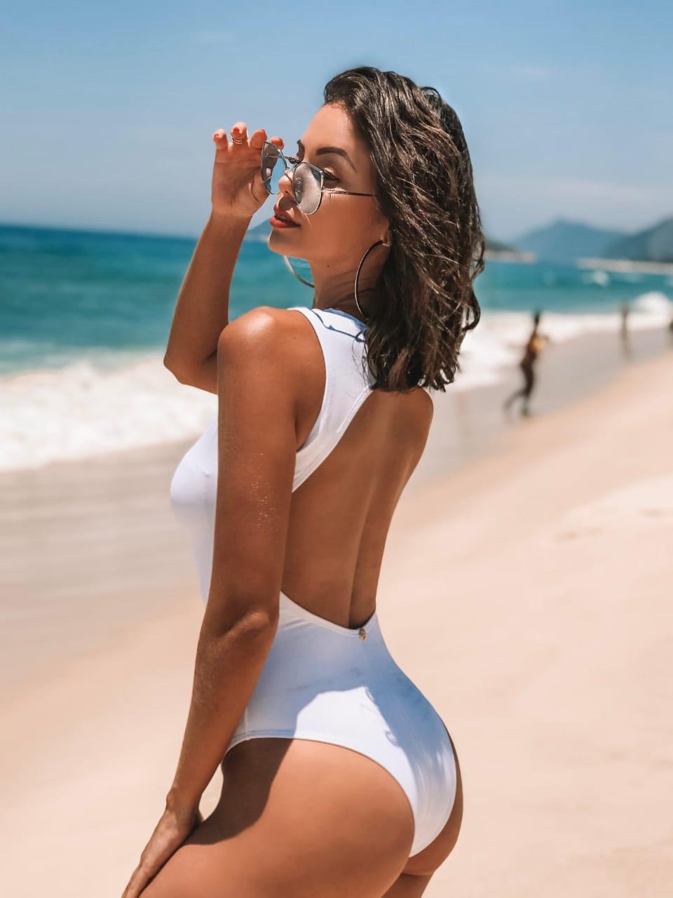 d291f643e Maiô Nadador Branco - Belazary - Moda Praia em Goiânia - Biquíni ...