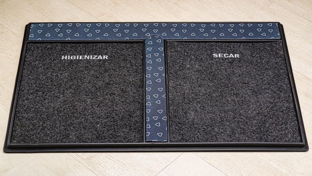 Tapete Sanitizante / Higienizador de calçados em Borracha -  Triângulo