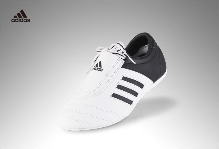Sapatilha Adidas Adikick I