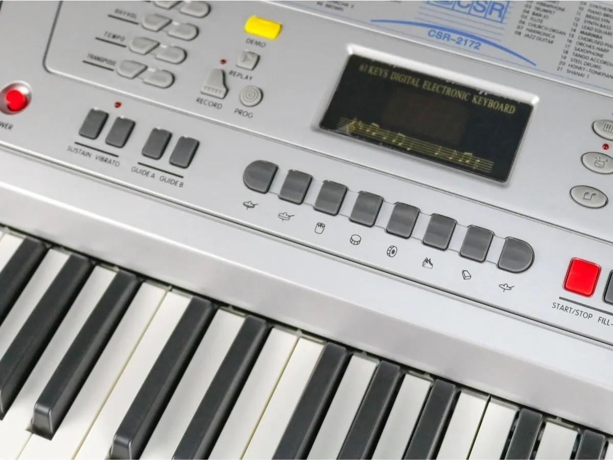 Teclado Musical 5/8 Csr 2172 61 Teclas