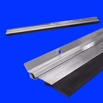Veda Porta Em Alumínio De 100cm + Brinde