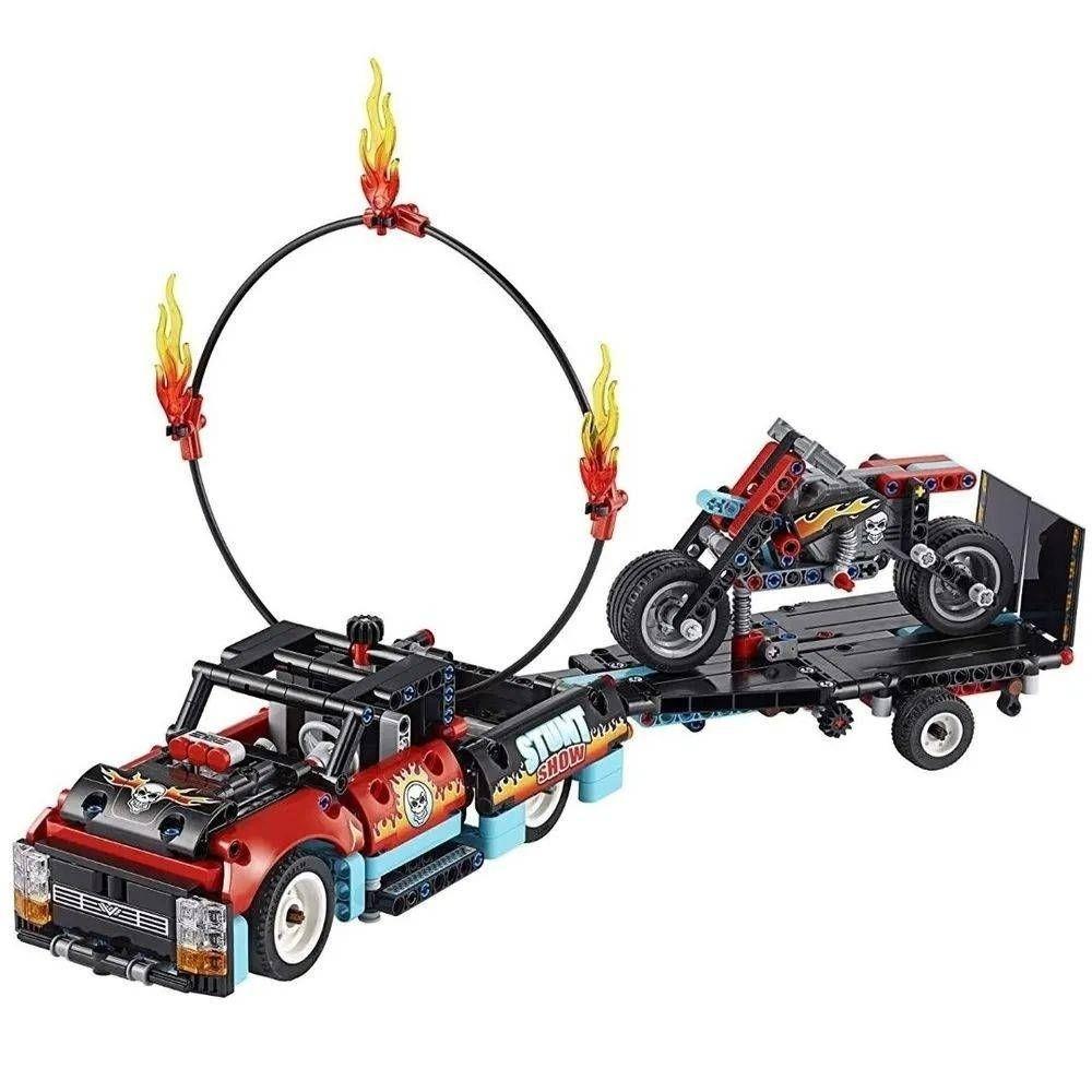 LEGO MOTOCICLETA E CAMINHAO DE ACROBACIAS (42106) - LEGO
