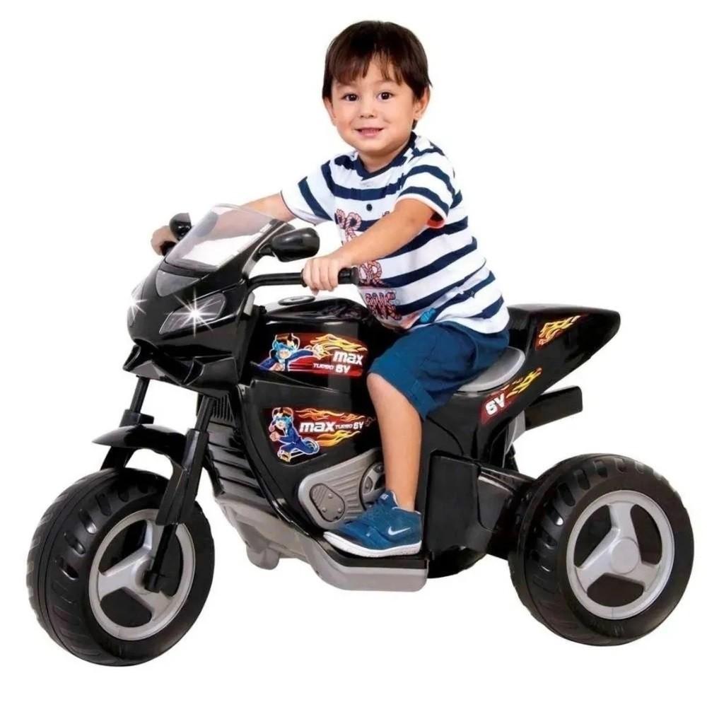 MOTO ELETRICA MAX TURBO C/ CAPACETE PRETO 6V - MAGIC TOYS