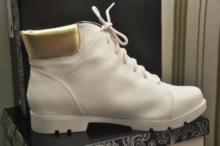 Sneaker Feminino Cano Alto - 52% de desconto