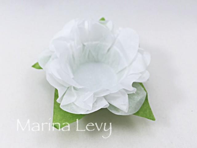 Forminha Flor 40un. - Branca / Verde
