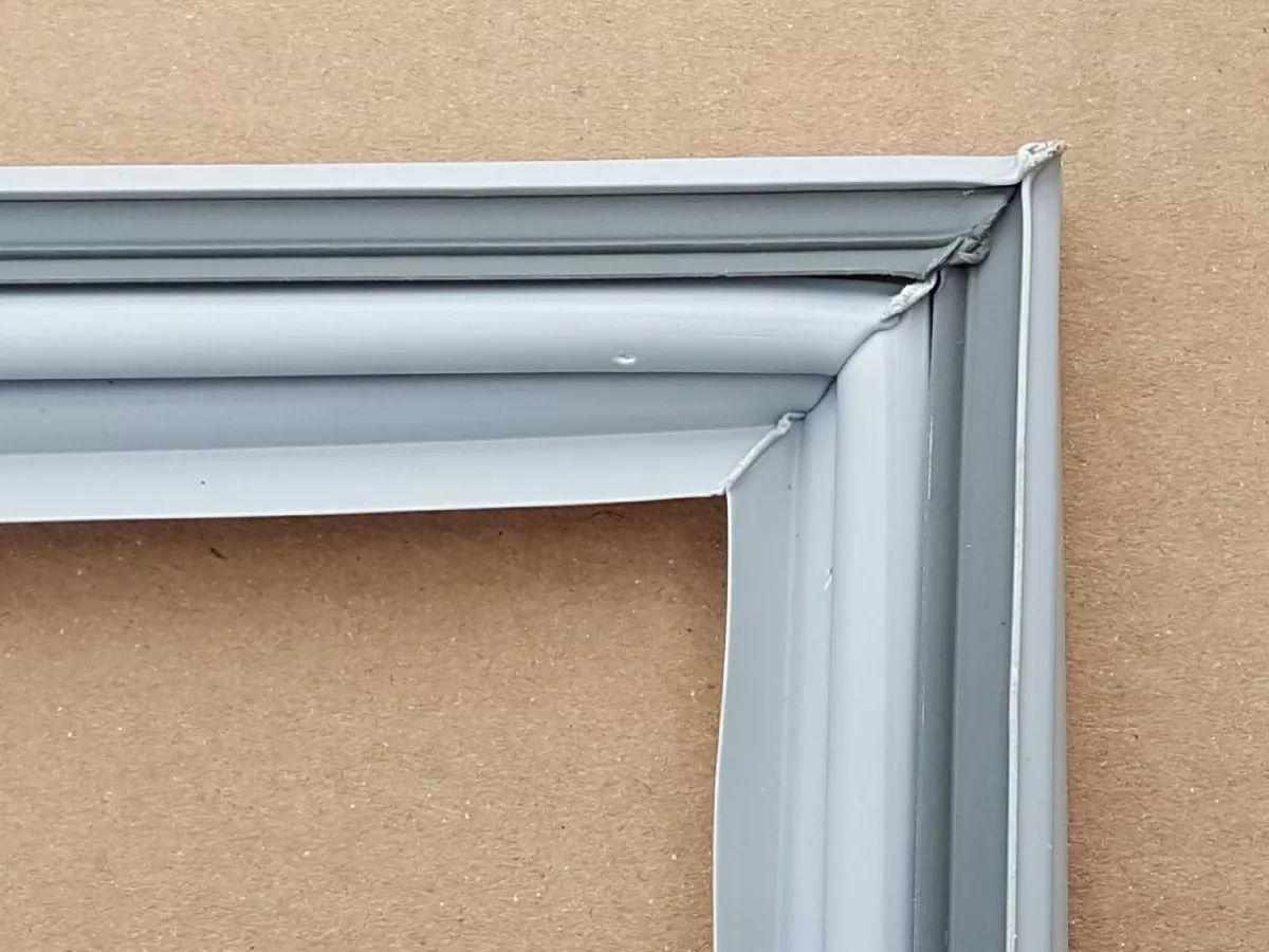 Borracha de Geladeira Electrolux DF50 Superior - Medida: 54 x 68 cm ** CONFIRA AS MEDIDAS **