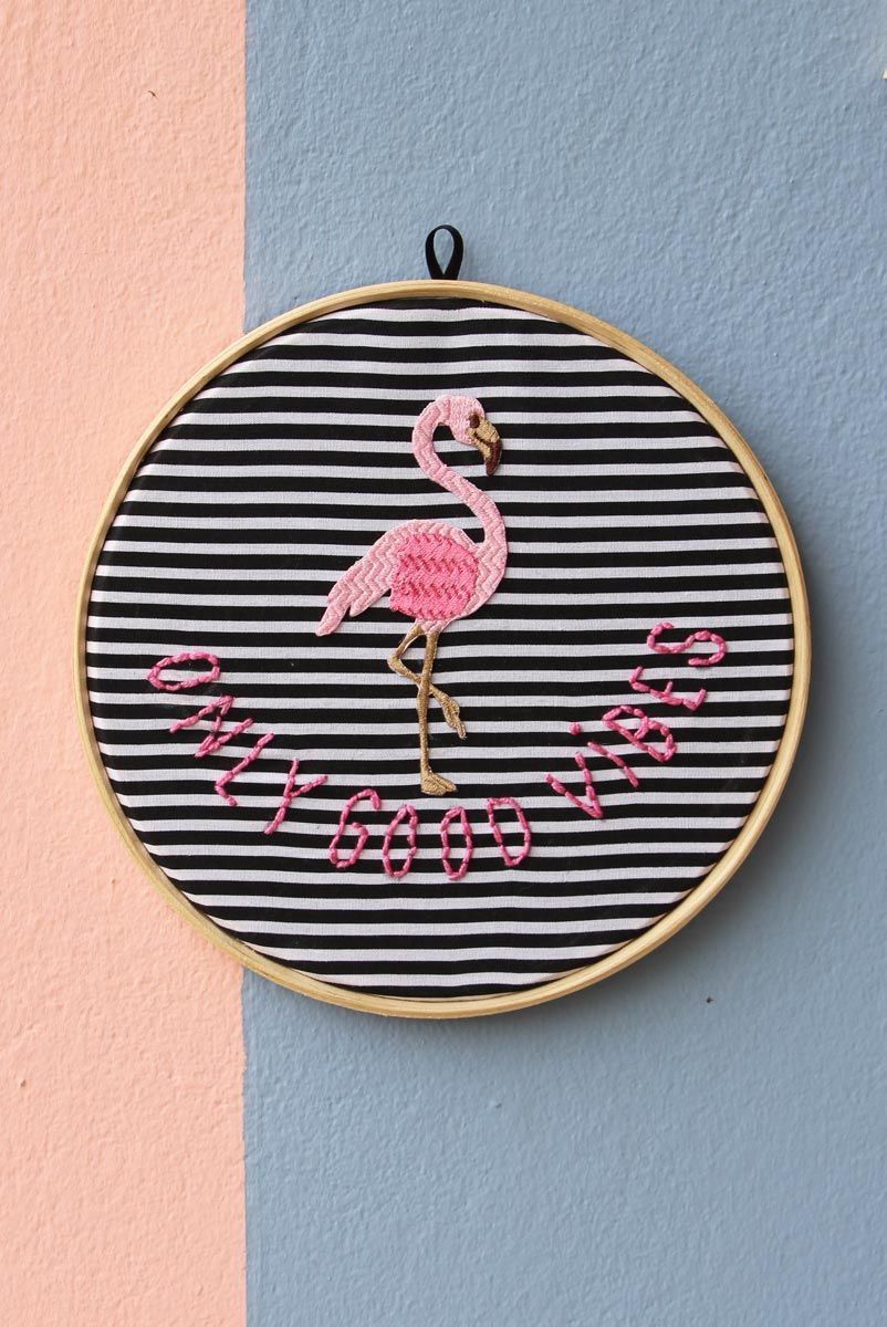 Bordado Decor Flamingo Good Vibes
