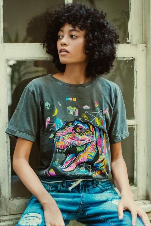 T-shirt Grafite Dinossauro POP 80s