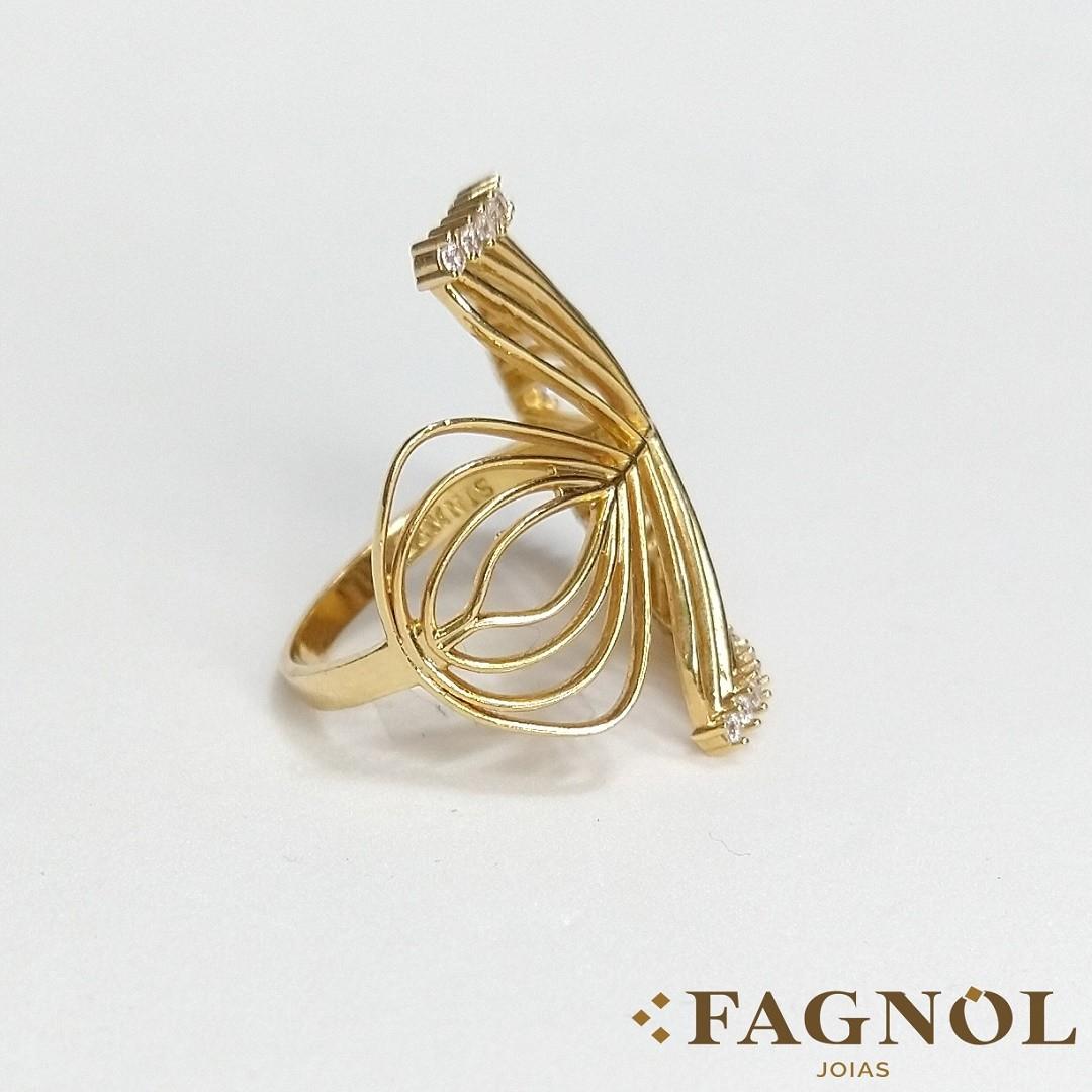 Anel Semi Jóia Dourado com Volta Cravejada em Zircônias