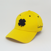Boné Importado Black Clover Amarelo Logo Preto