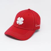 Boné Importado Black Clover Vermelho Logo Branco
