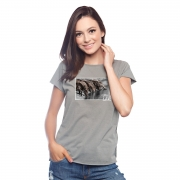 T-Shirt Feminina Escaramuça Aguiar