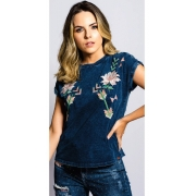 T-Shirt Feminina Miss Country Amor