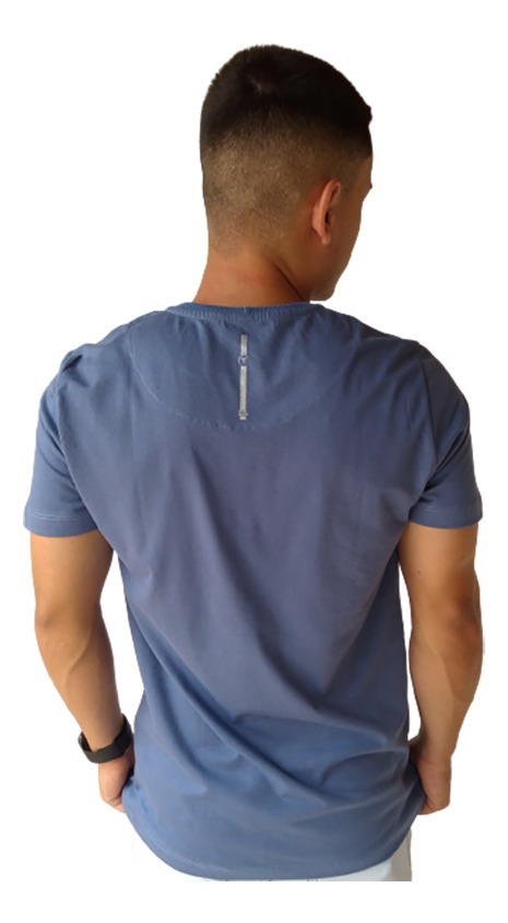 Camiseta Masculina 1010