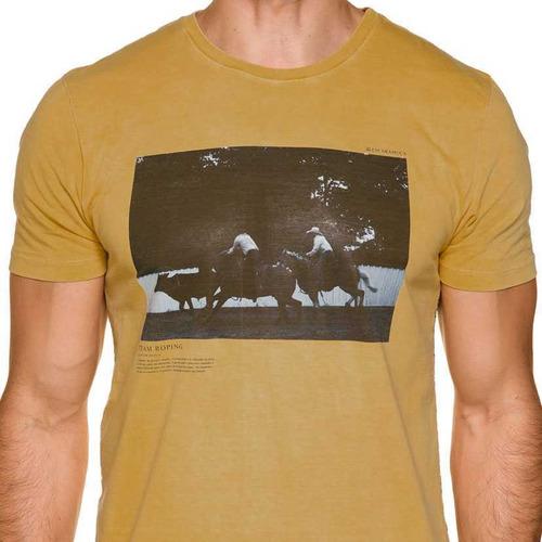 Camiseta Masculina Escaramuça Fiães
