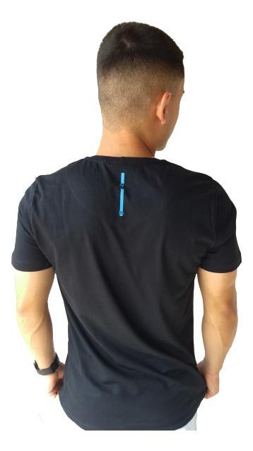 Camiseta Masculina Turn 1009