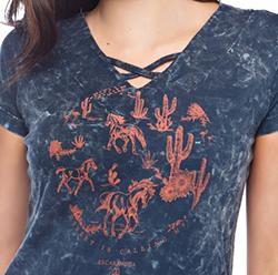 T-shirt Feminina Escaramuça Abadia