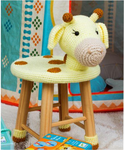 Banquinho Infantil Forrado em Crochet - Girafa
