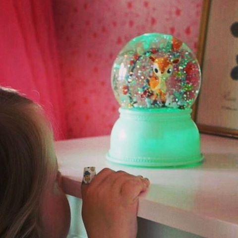 Luminária Infantil Bola de Neve Djeco - Cervo