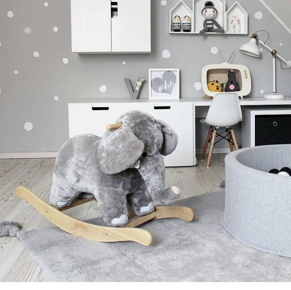 Elefante de Balanço Musical Importado