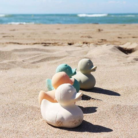 Mordedor Oli & Carol de Borracha Natural - Pato de Banho Retro Nude