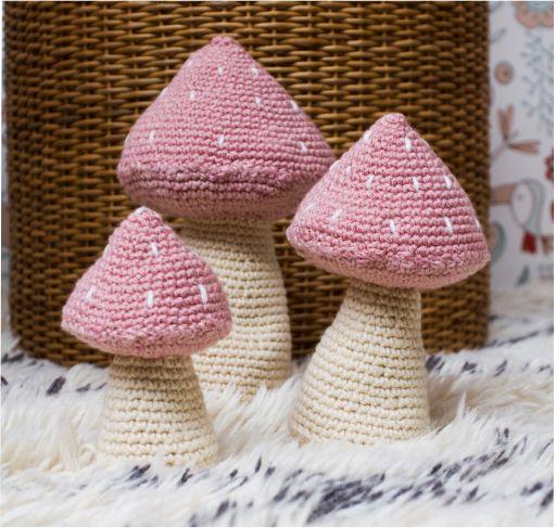 Trio de Cogumelos em Crochet - Rosa Chá