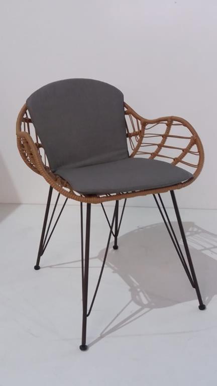 Cadeira Apuí (A)